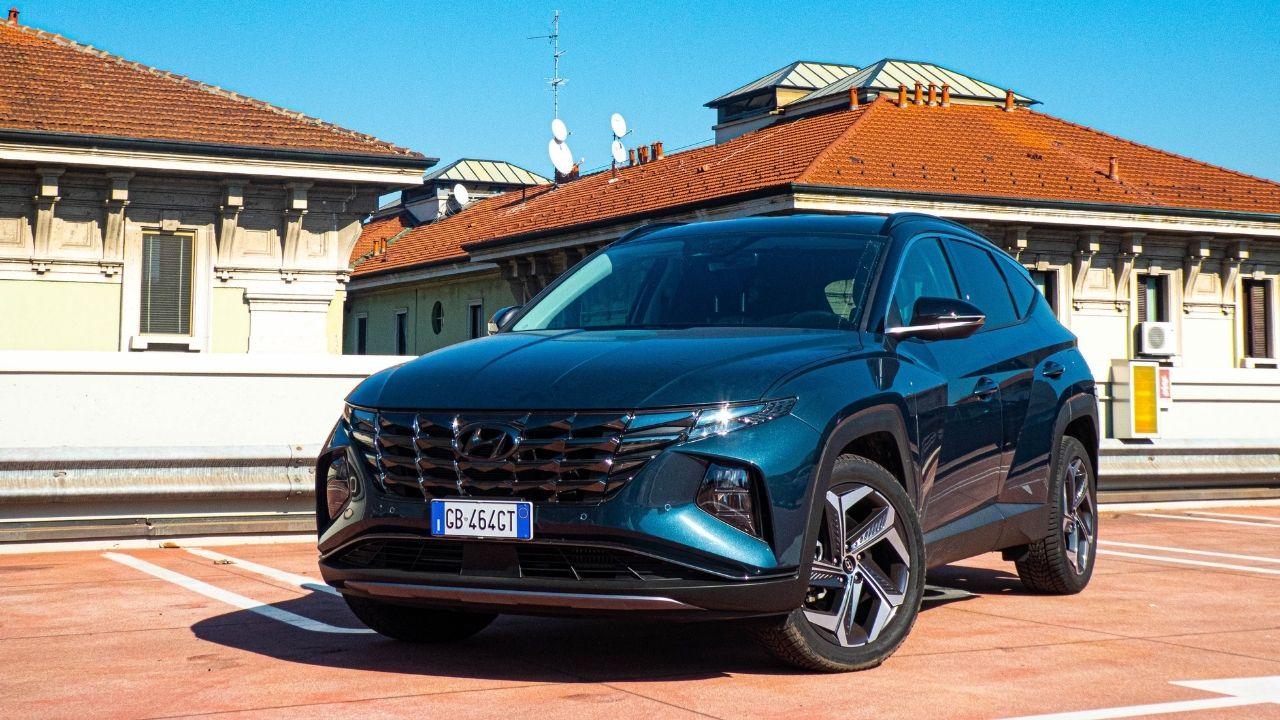 Test-Drive-Hyundai-Tucson-Hybrid-2021