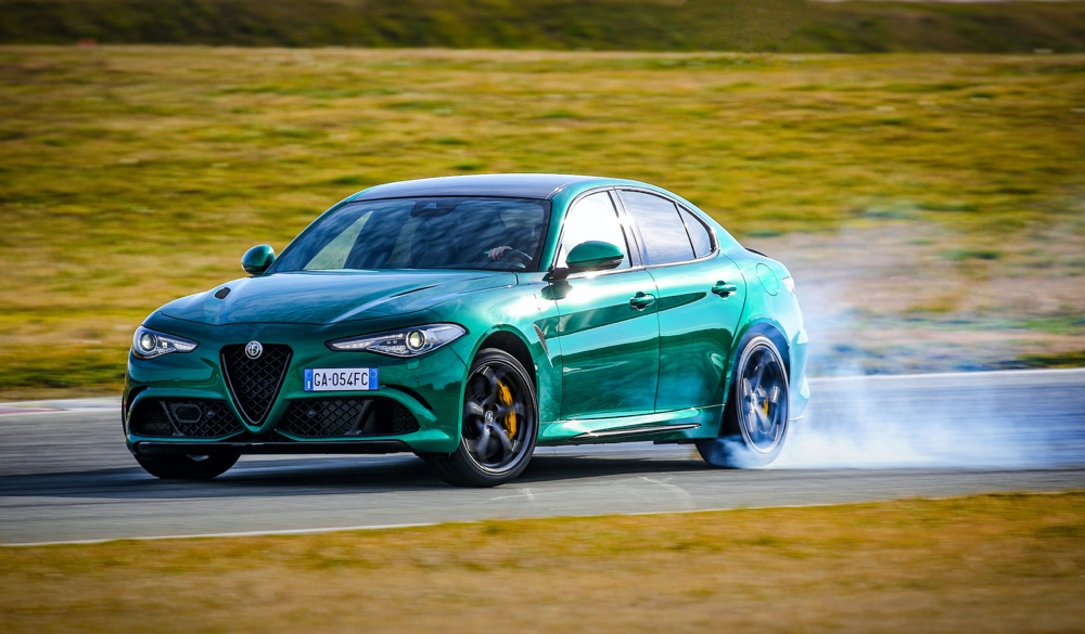Caratteristiche Alfa Giulia Quadrifoglio 2020
