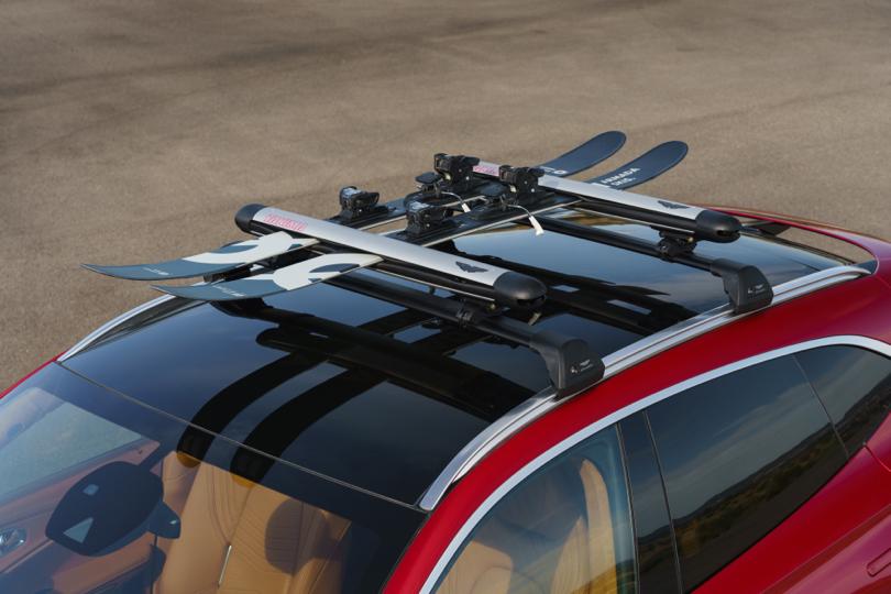 Tetto panoramico di Aston Martin DBX