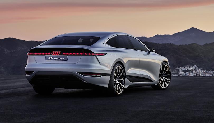 Audi A6 e-tron concept fari Oled