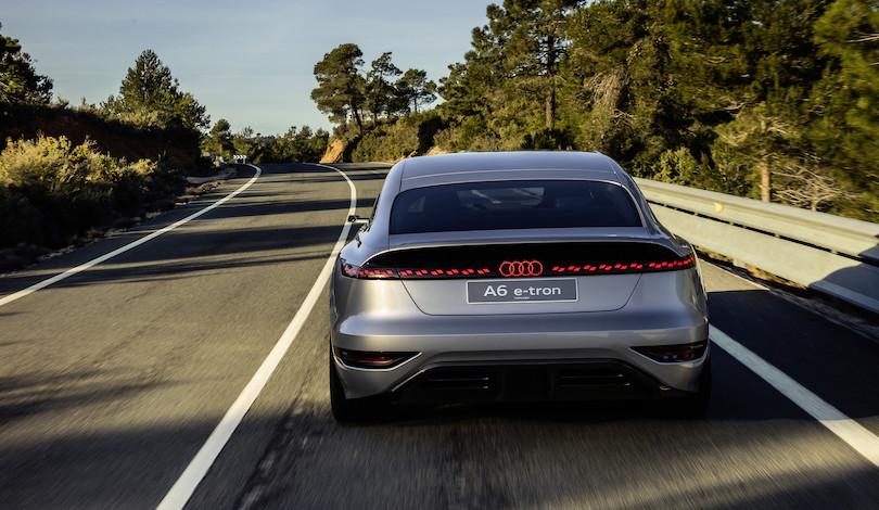 uscita di Audi A6 e-tron concept