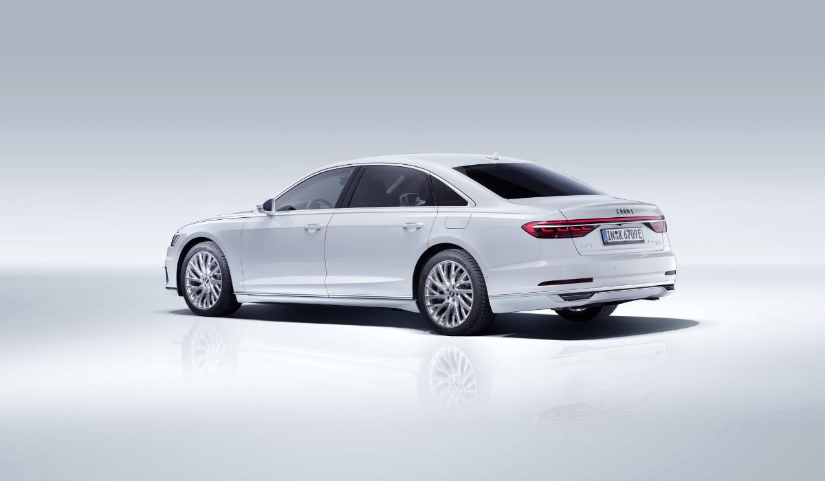 Audi A8 L PHEV