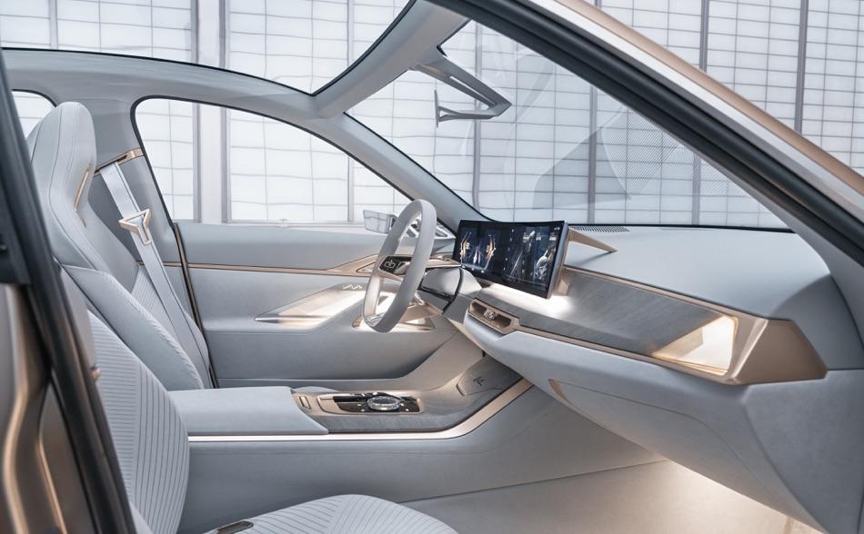 Interni di BMW i4 Concept 2020