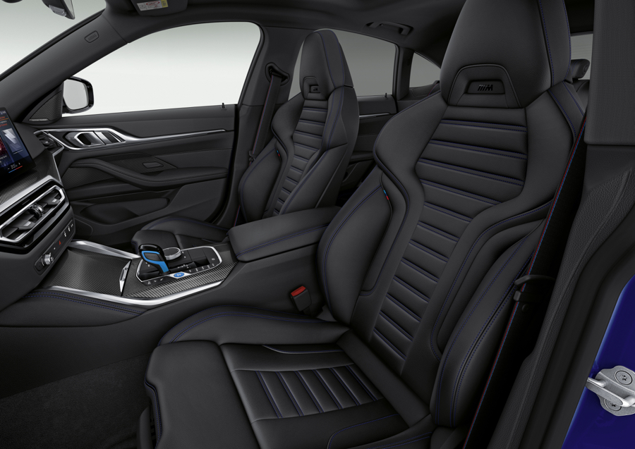 BMW i4M50 sedili sportivi