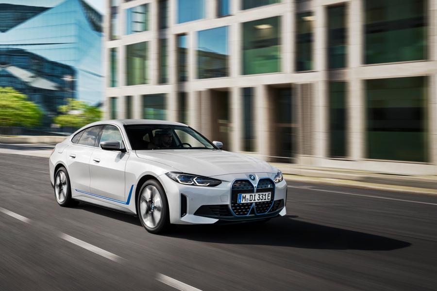 adas di BMW i4