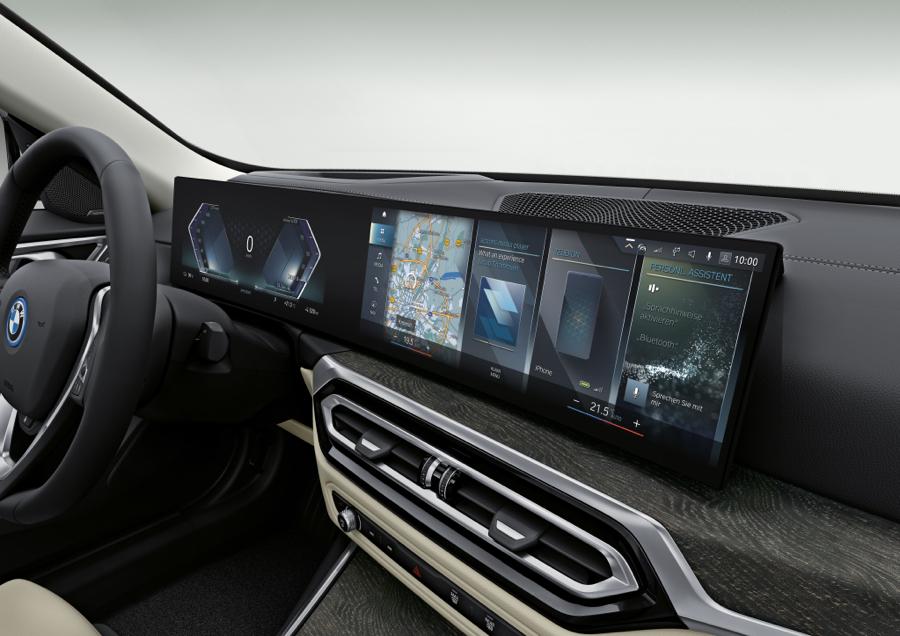 infotainment di BMW i4