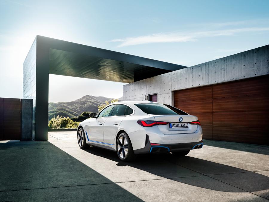 prestazioni di BMW i4