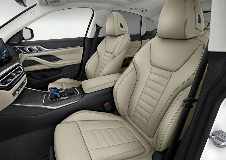 sedili di BMW i4
