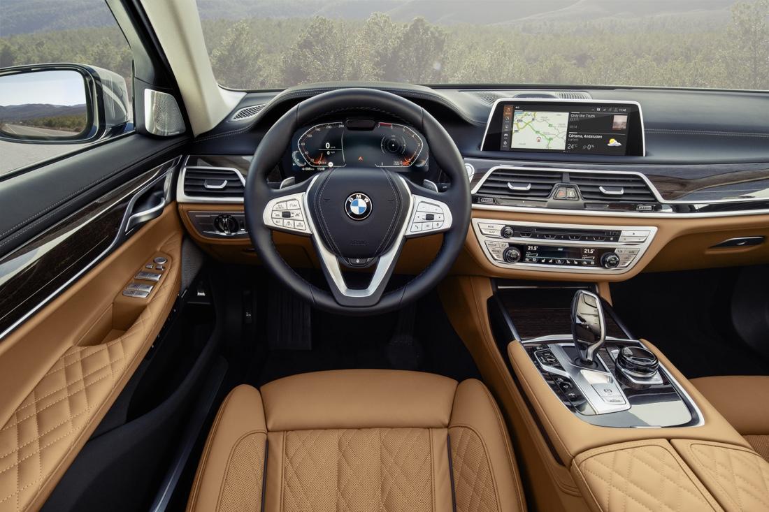 BMW OS 7 di Serie 7 2019