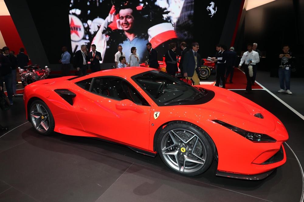 Peso della Ferrari F8 Tributo