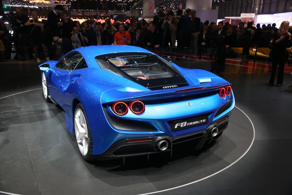 Scheda tecnica di Ferrari F8 Tributo