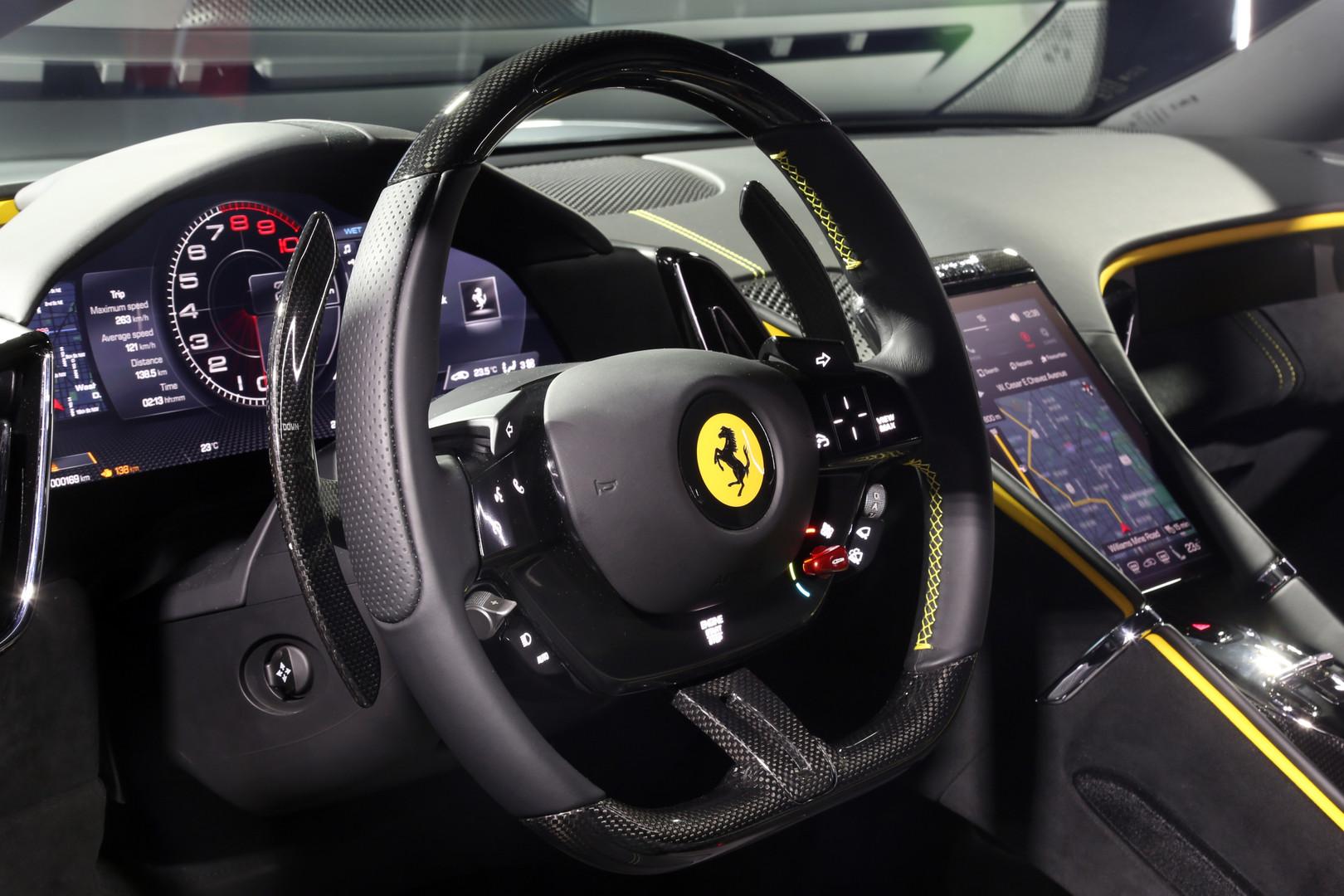 Volante di Ferrari Roma