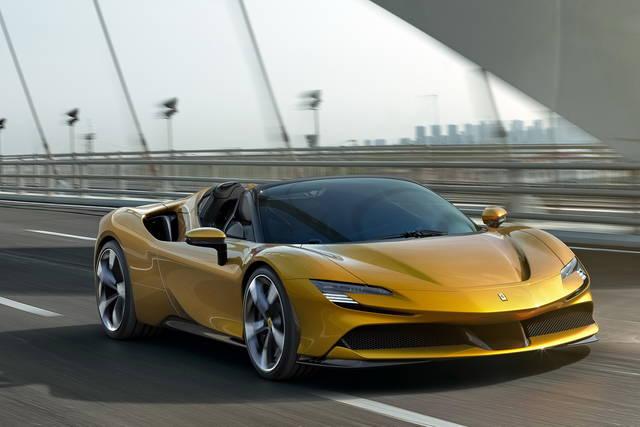 Ferrari-sf90-spider