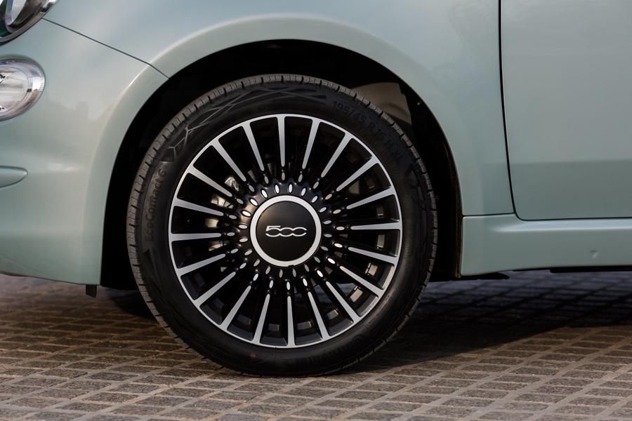 Cerchi da 16 di Fiat 500 Hybrid