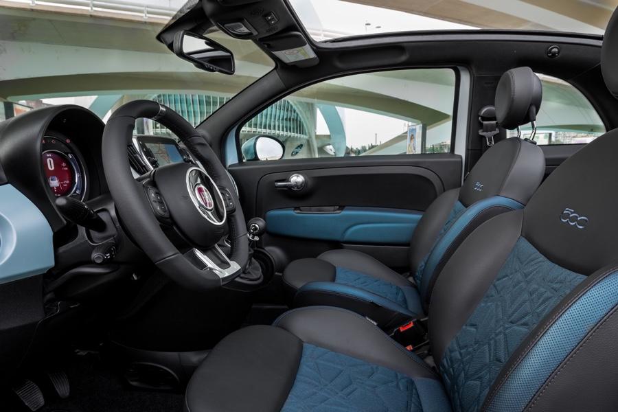 Interni di Fiat 500 Hybrid
