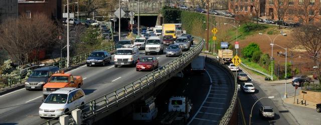 Mercato Auto: la crisi continua