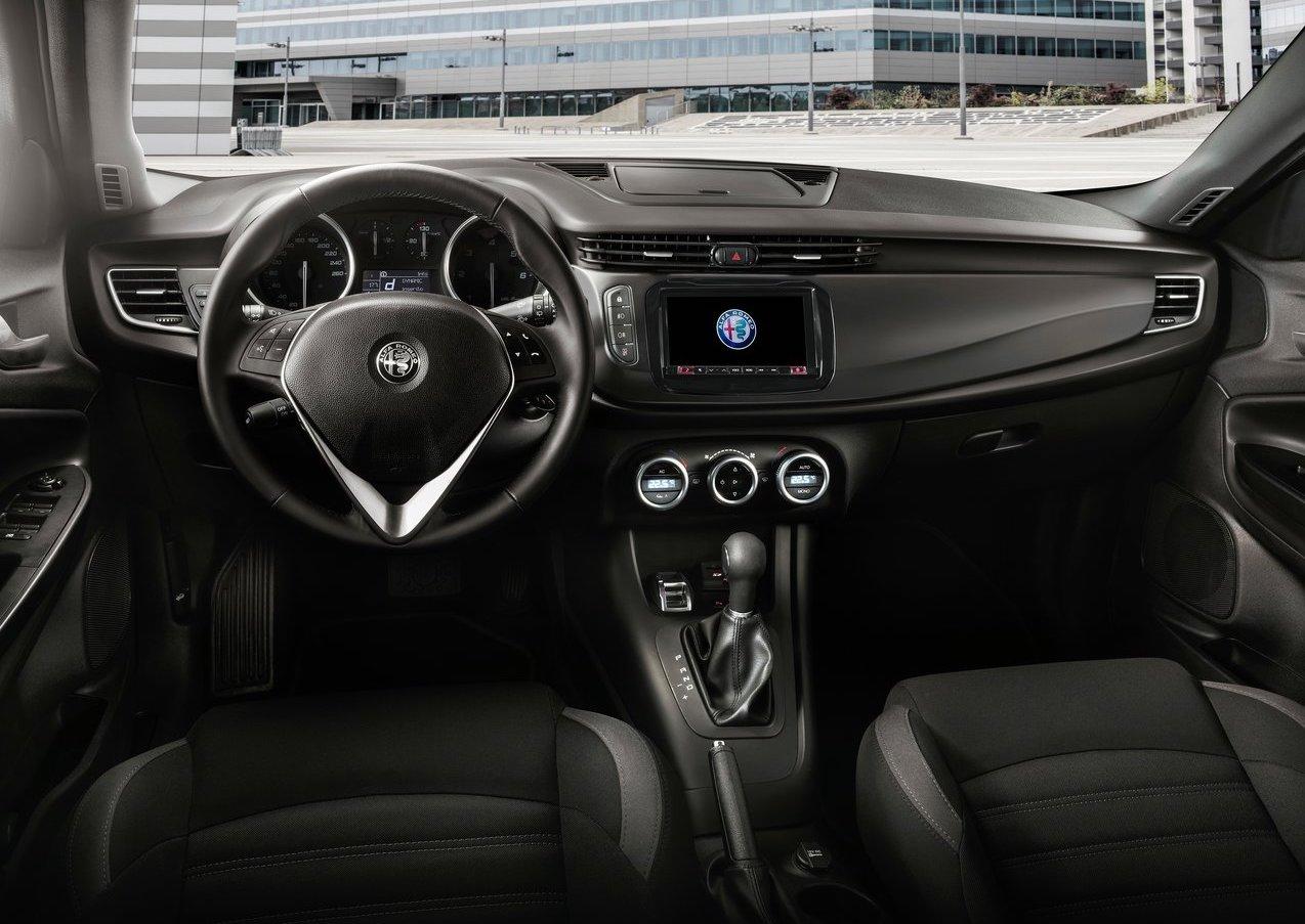 Abitacolo di Alfa Romeo Giulietta