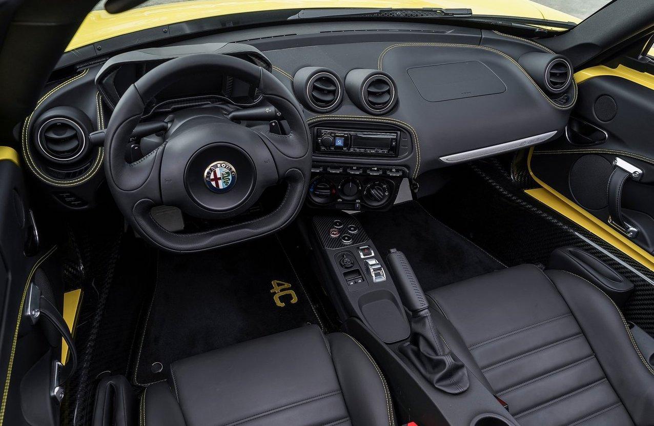 Interni di Alfa Romeo 4C