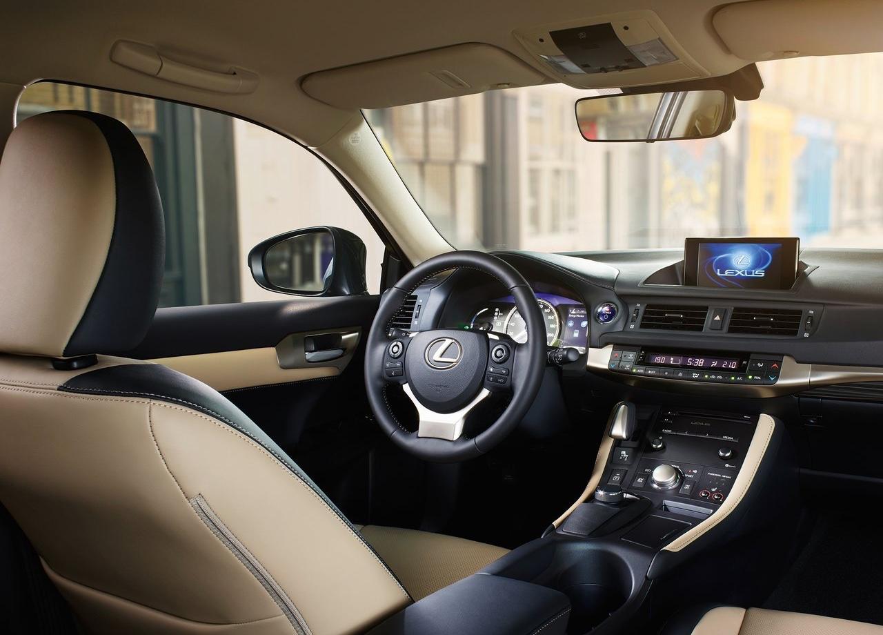 Interni di Lexus CT Hybrid