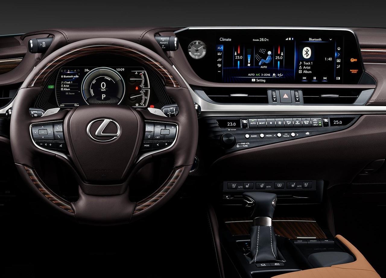 Interni di Lexus ES