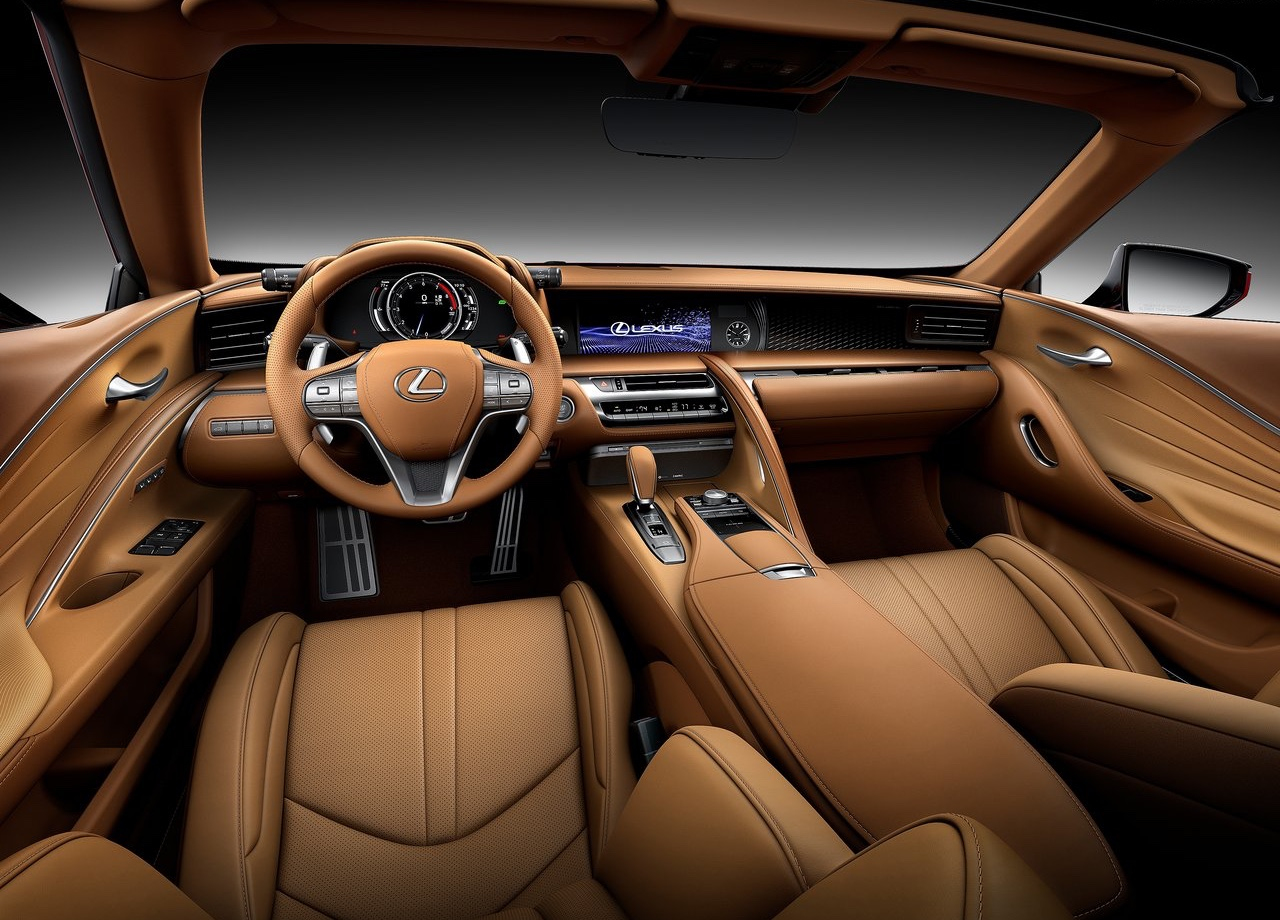 Interni di Lexus LC Convertible