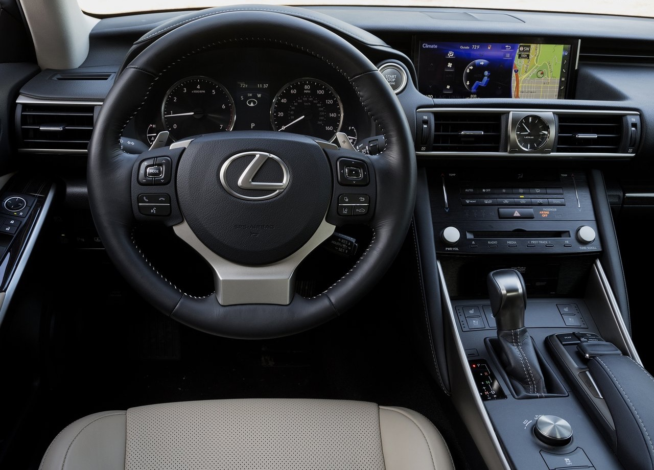 Motori di Lexus IS