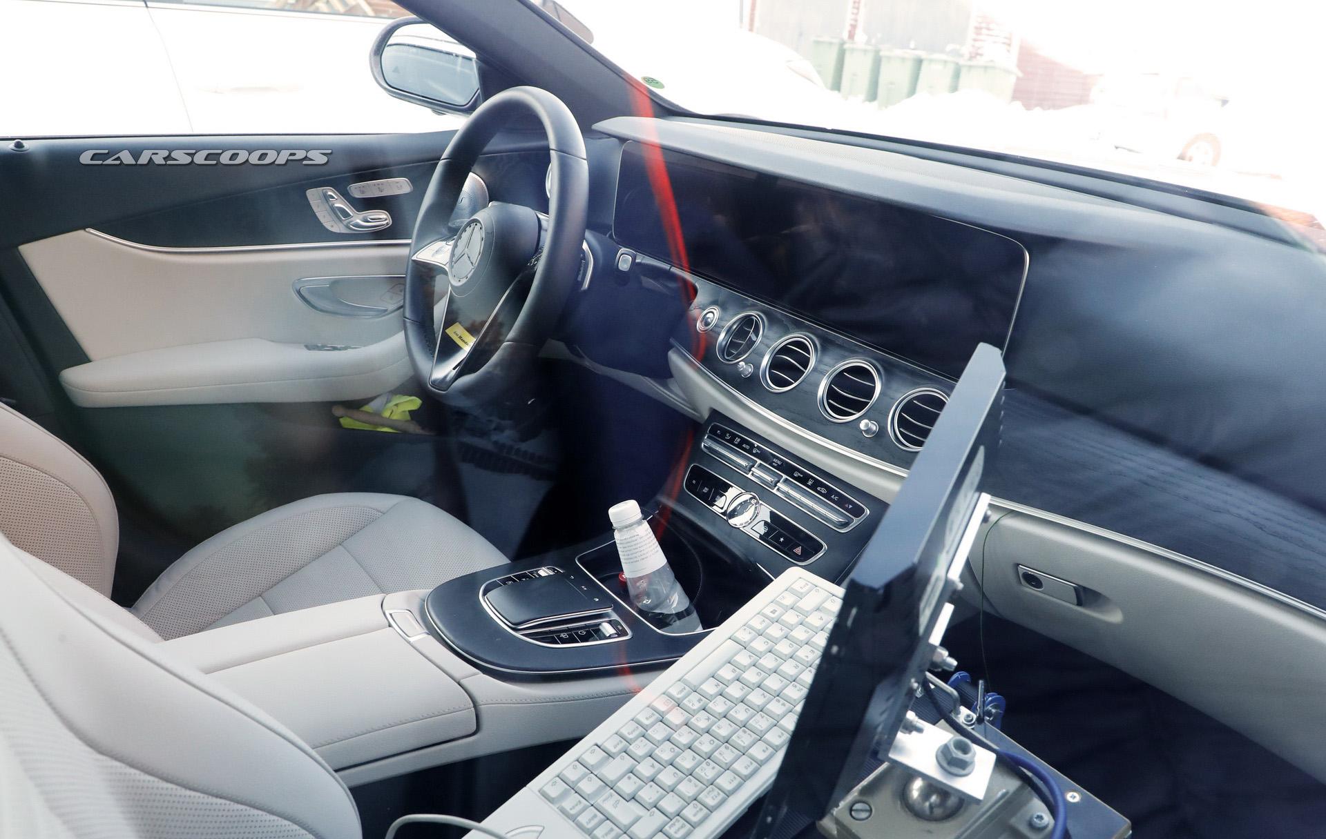 Interni Mercedes Classe E restyling