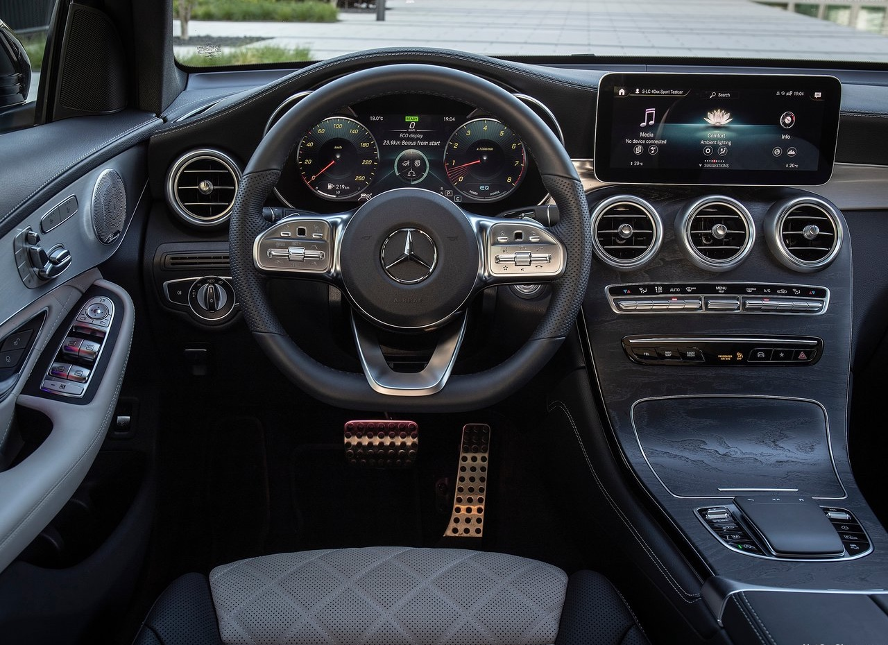 Interni di Mercedes GLC Coupe