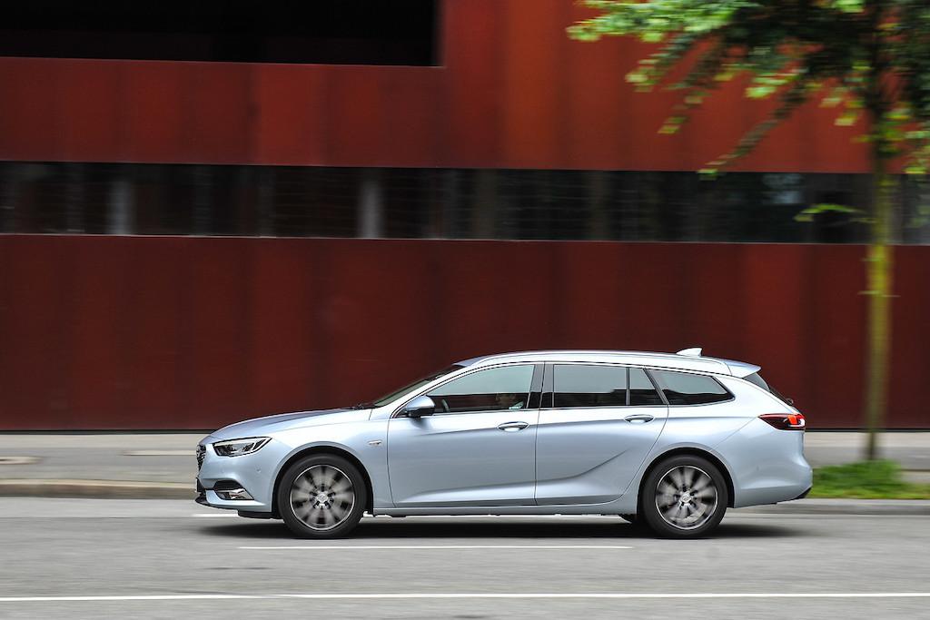 Opel Insignia 2019 BlueHdi