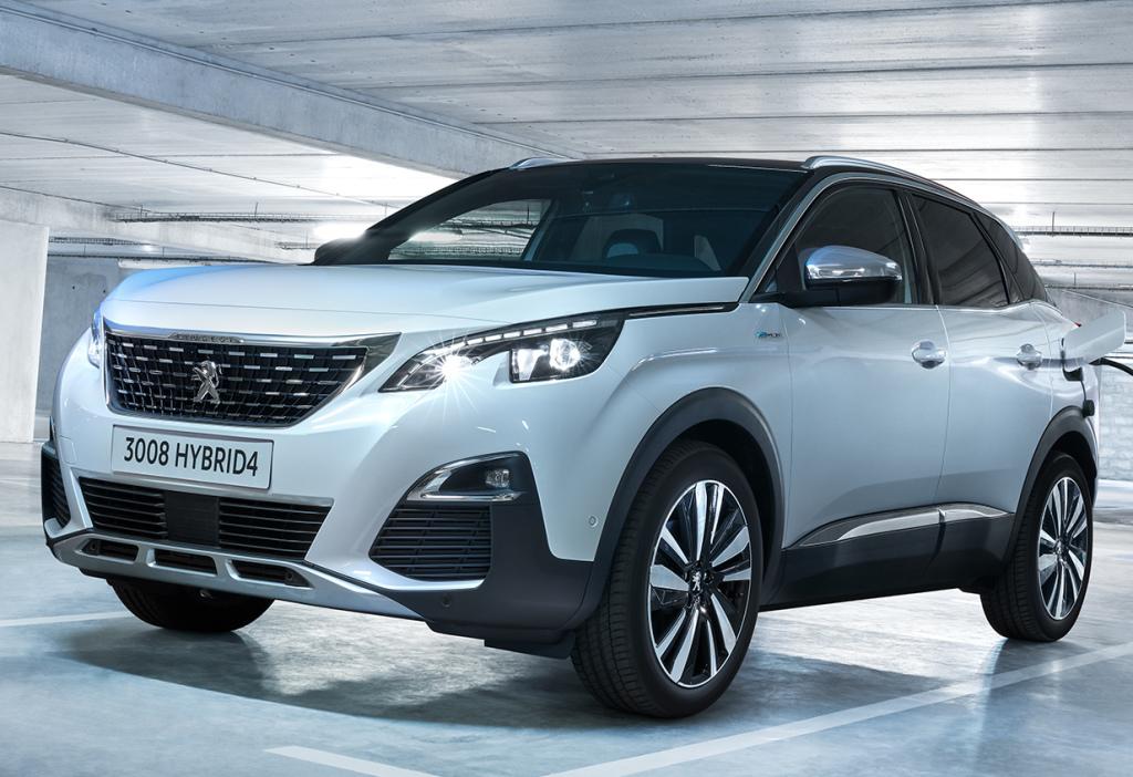 Nuova Peugeot 3008 Hybrid4