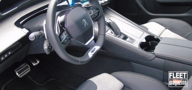 Volante di Peugeot 508 Hybrid