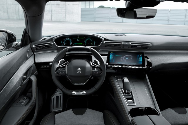Peugeot-Hybrid-508-e-3008-3-1