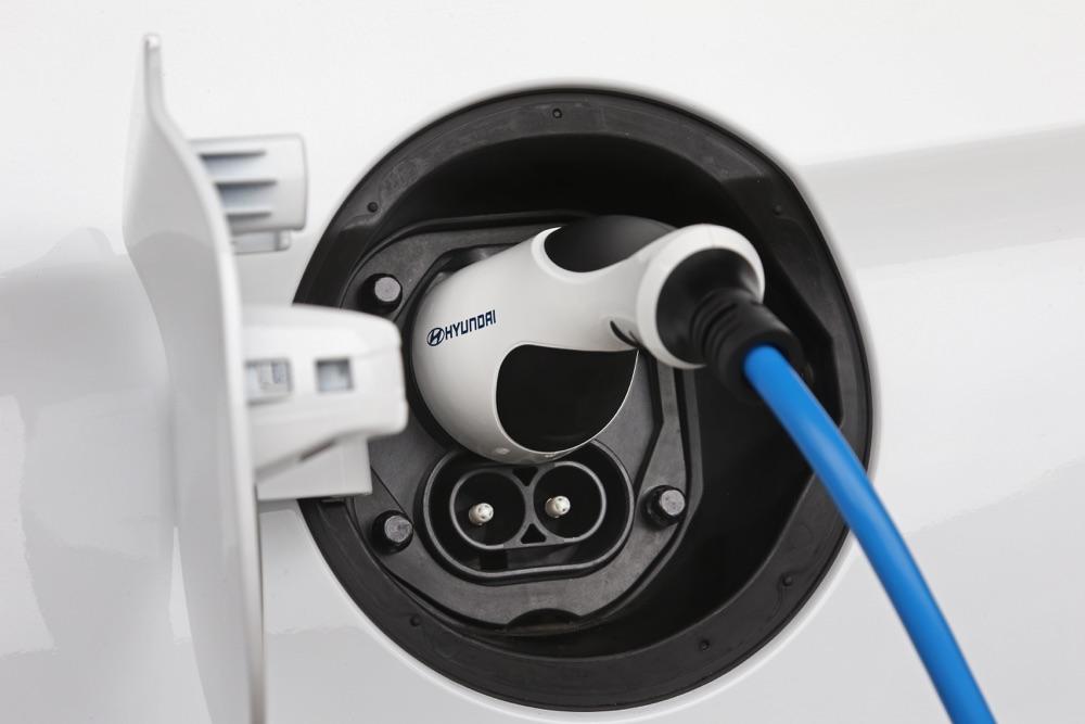Ricarica di Hyundai Ionic elettrica 2019