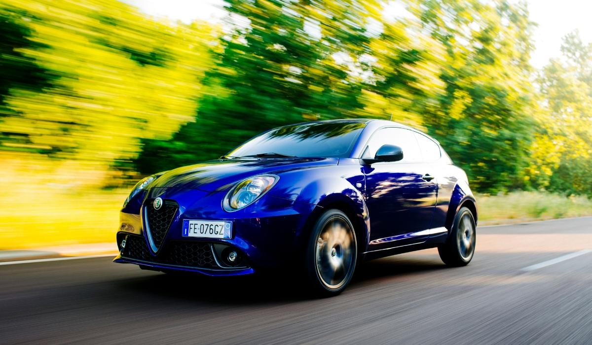 Alfa Romeo Mito su strada