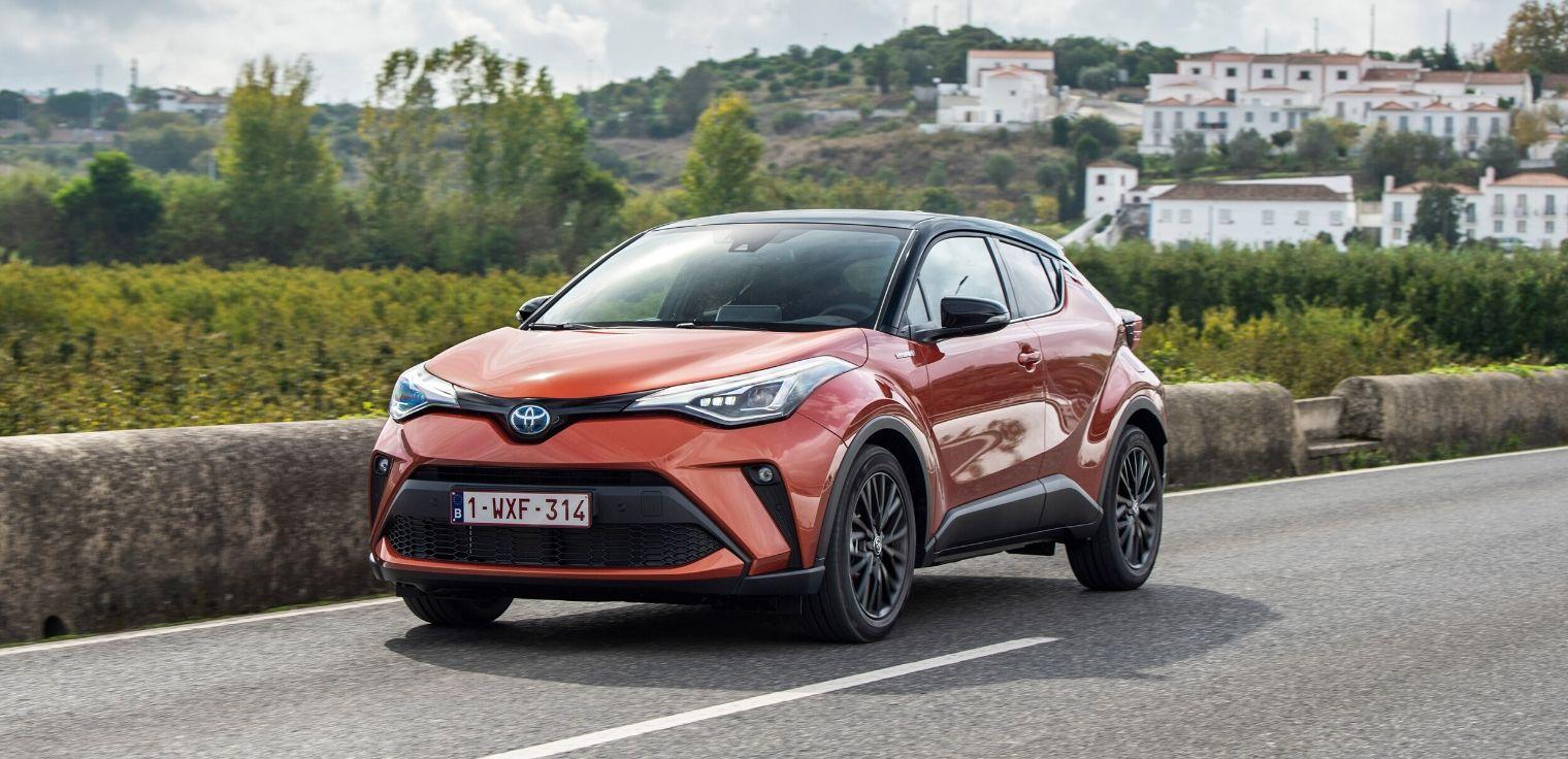 Nuovo-Toyota-C-HR-2020-ibrido