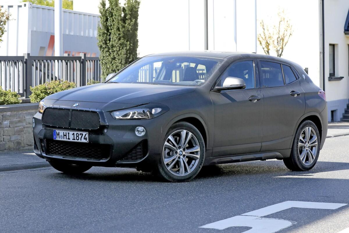 nuova-BMW-X2-2021-facelift