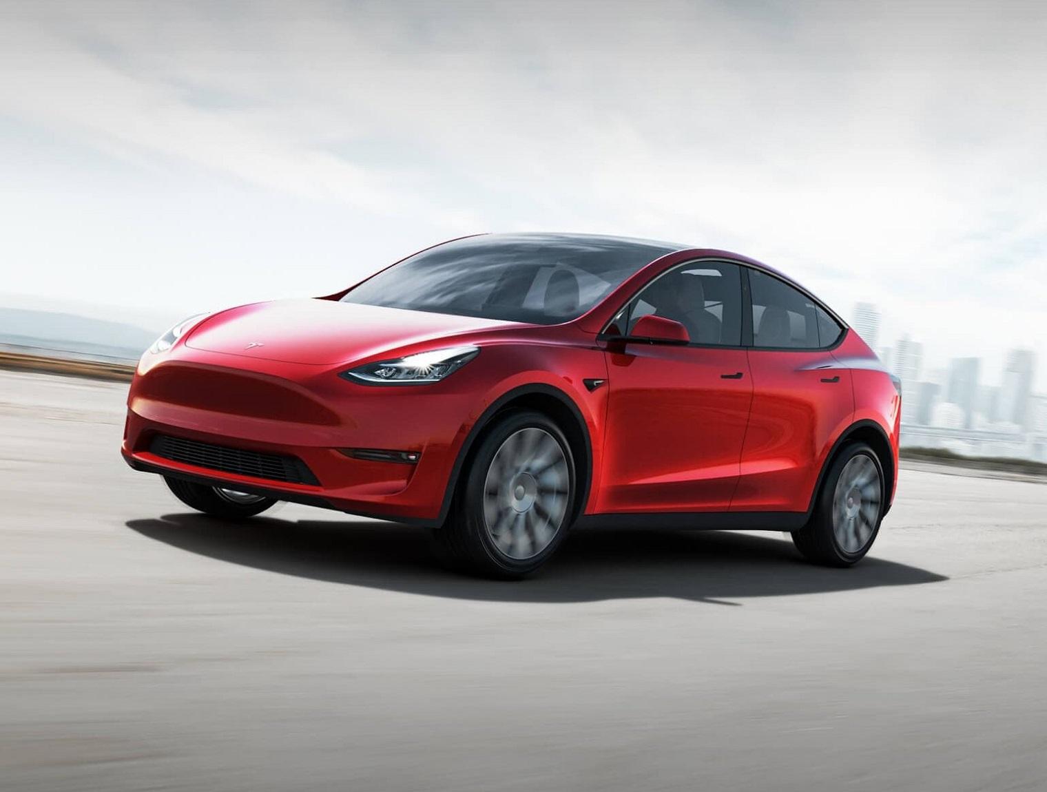 nuova-Tesla-Model-Y-2021