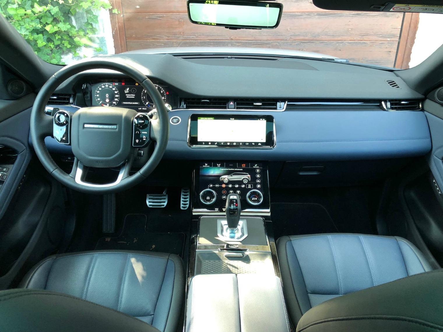 Interni nuova Range Rover Evoque