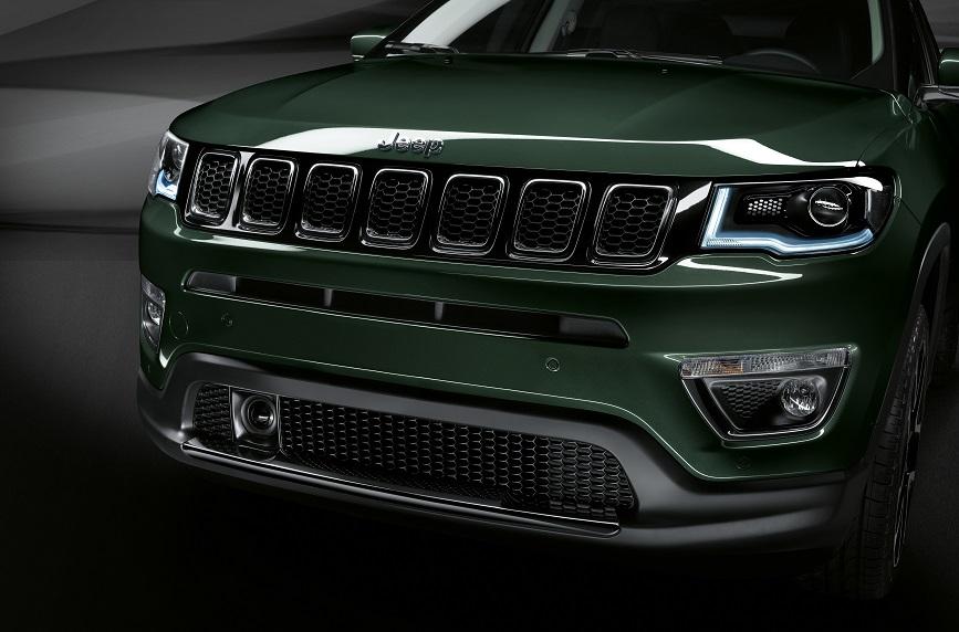 2. Dettaglio Frontale Jeep Compass 2020