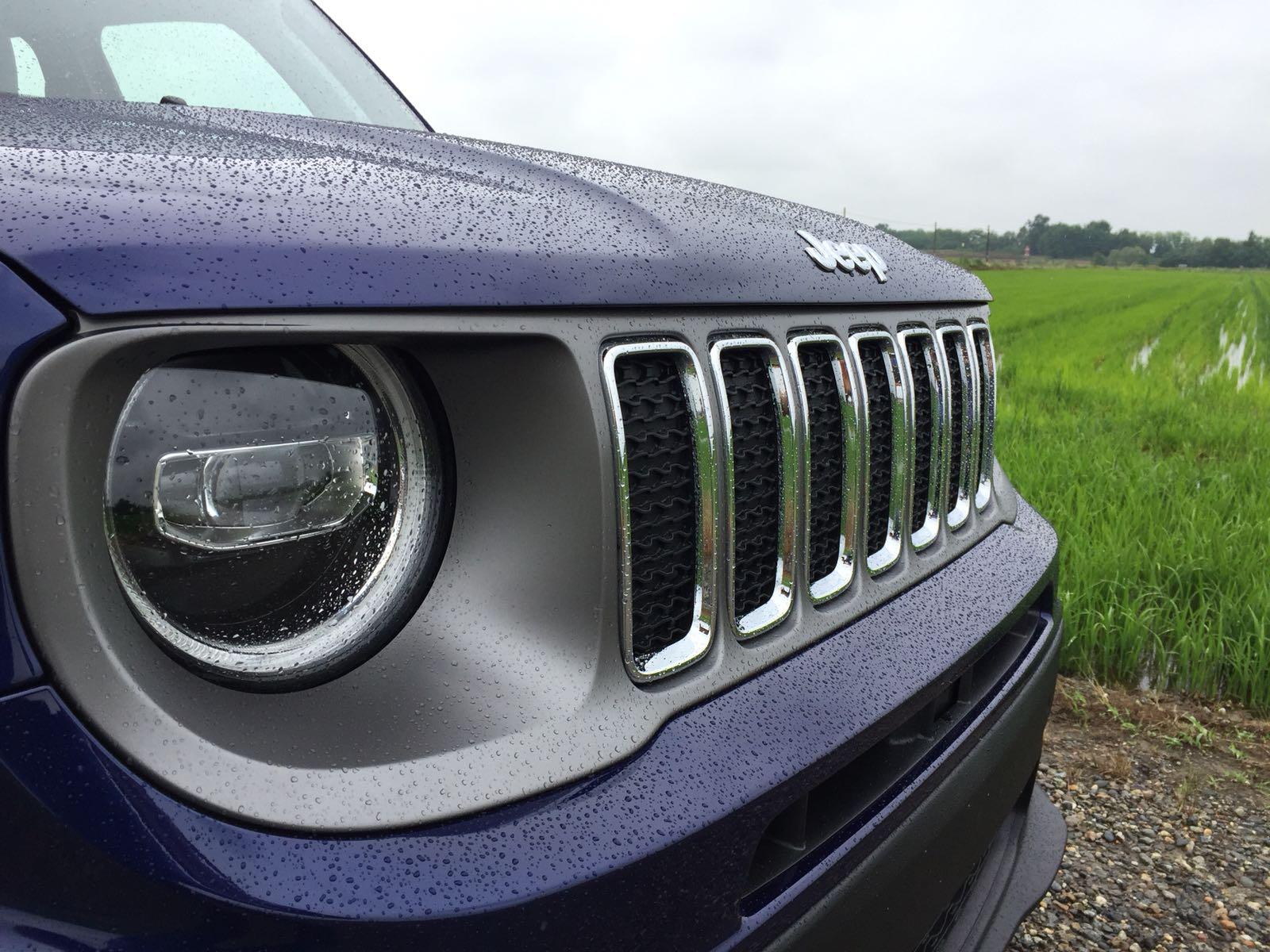 jeep-renegade-2019-design-esterni-anteriore-fari