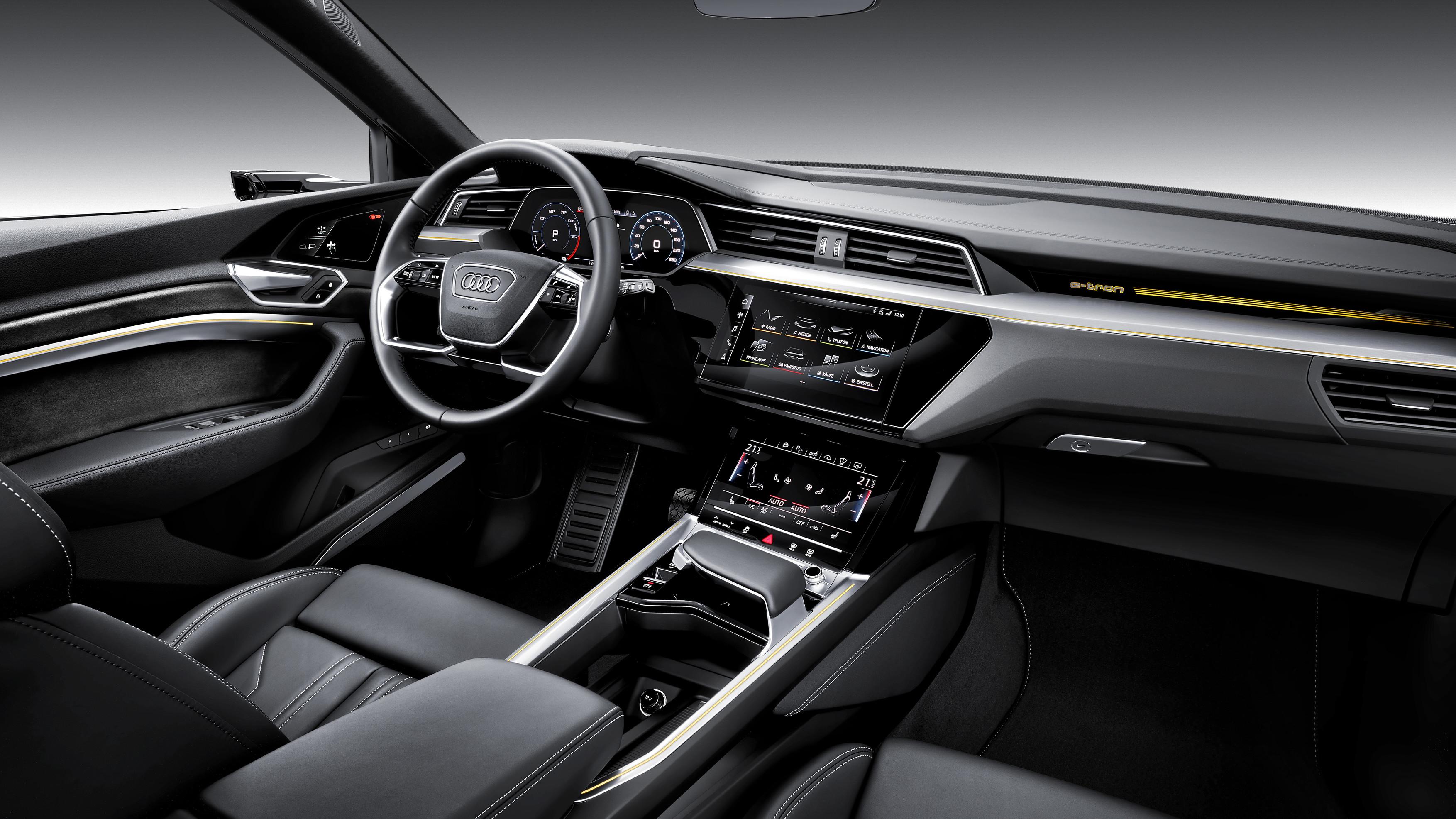 Interni Audi e-tron
