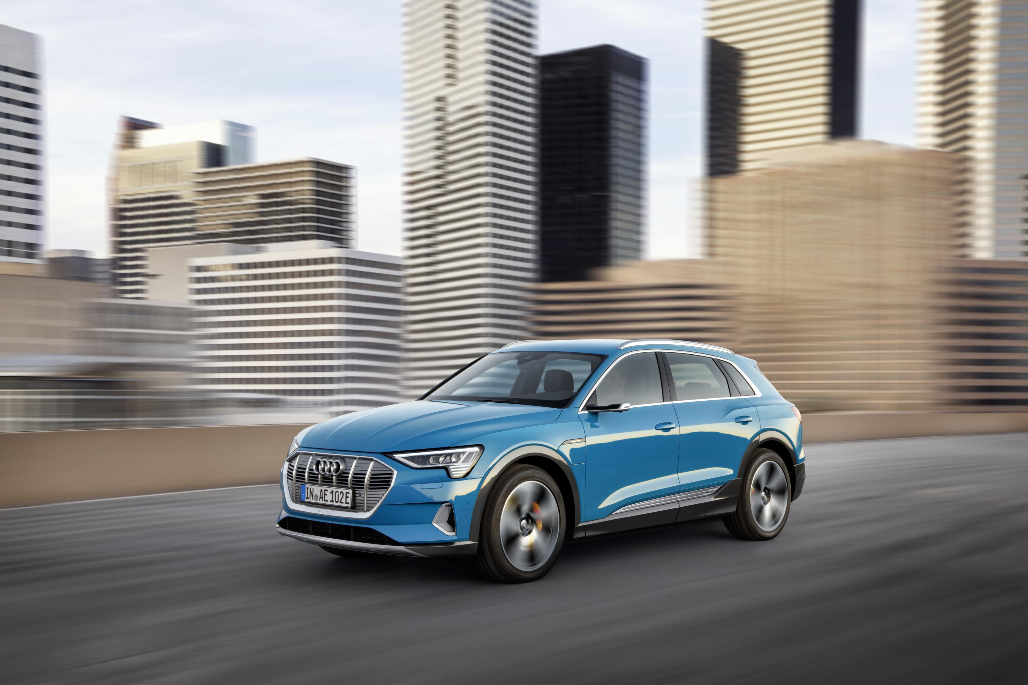 Esterni Audi e-tron