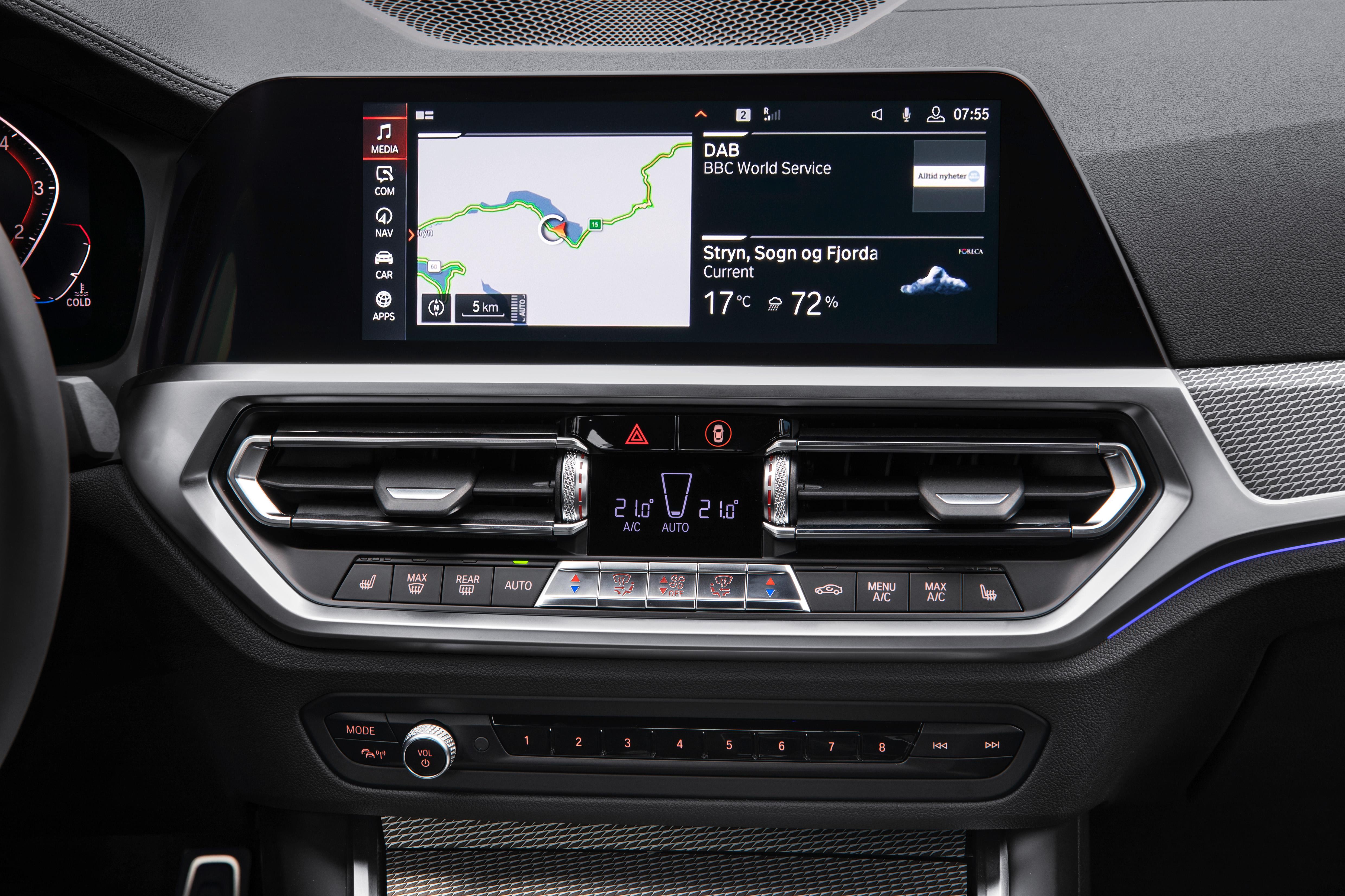 Connettività nuova BMW Serie 3