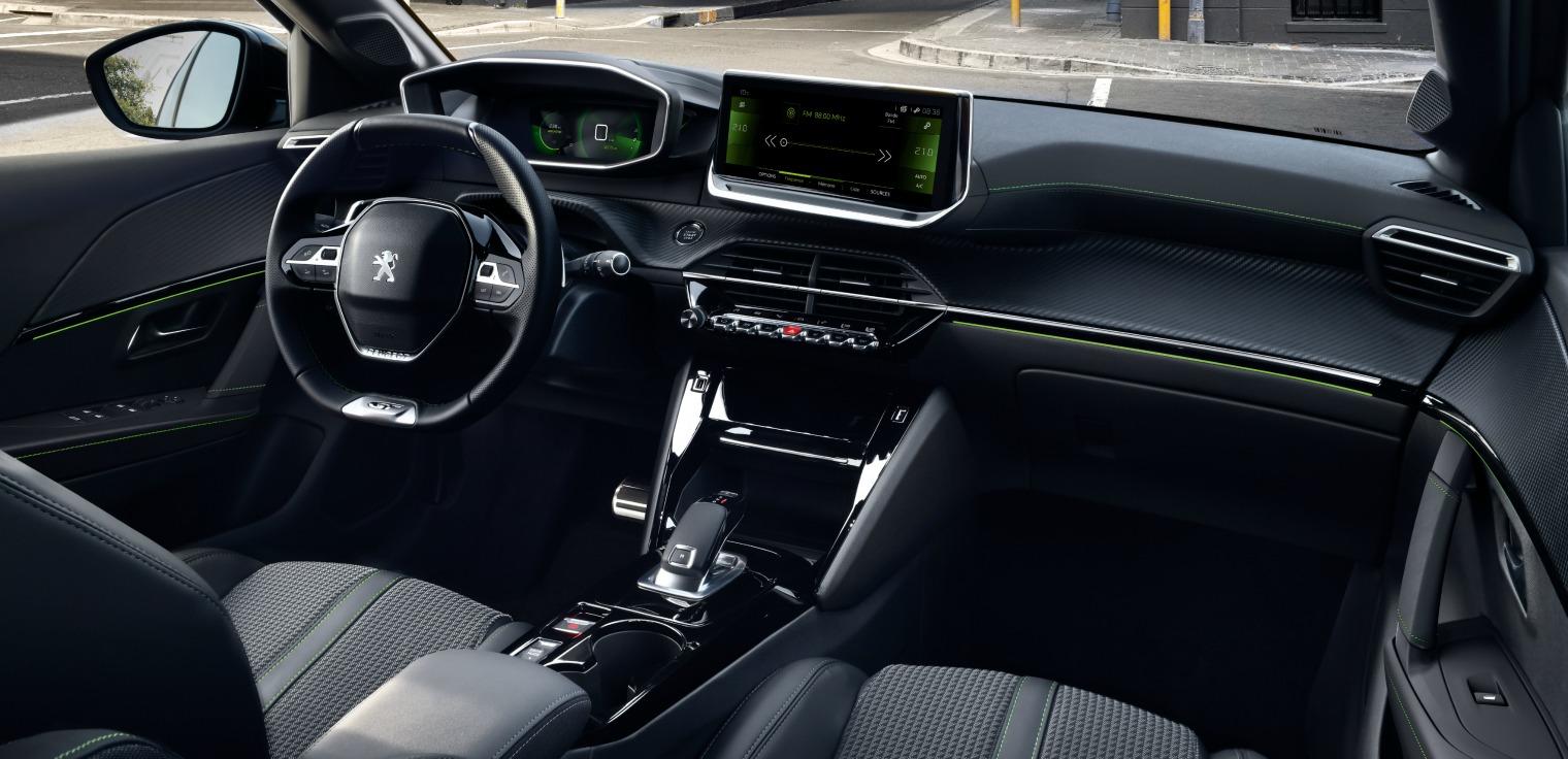 interni nuova Peugeot 208