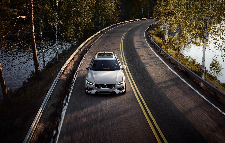 Nuova Volvo V60 in viaggio