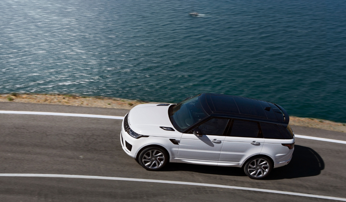 Land-Rover-Range-Rover-Sport-PHEV-panoramica