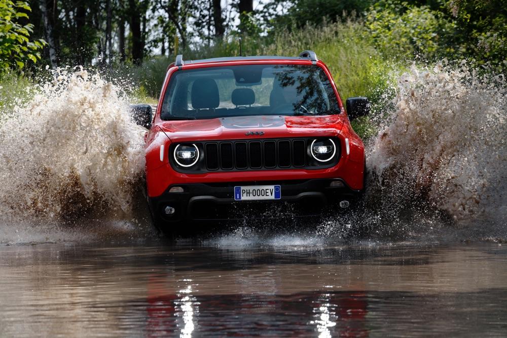 Jeep-Renegade-ibrida-plug-in