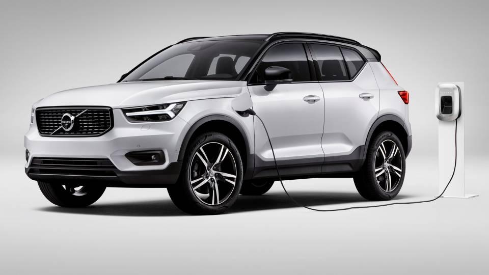 nuova-Volvo-XC40-ibrida-plug-in-2020