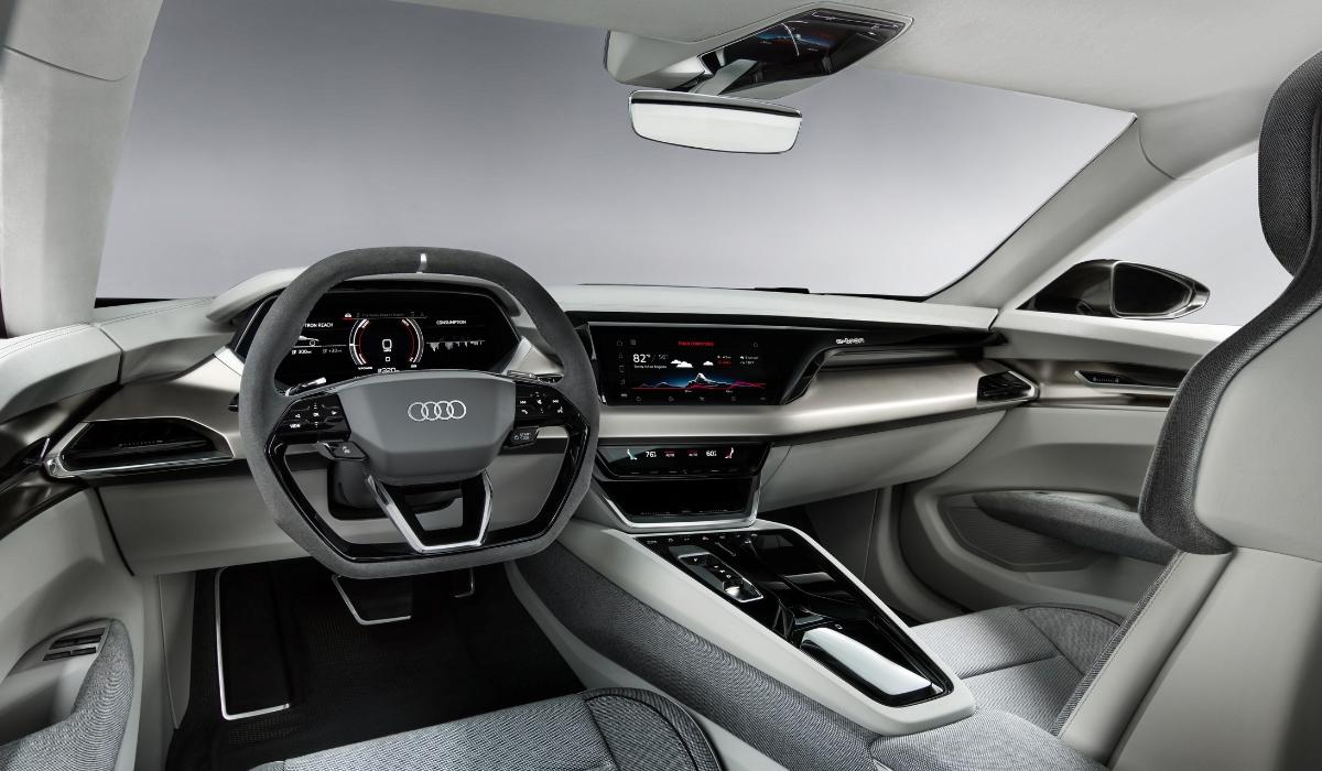 Audi-e-tron-GT-abitacolo