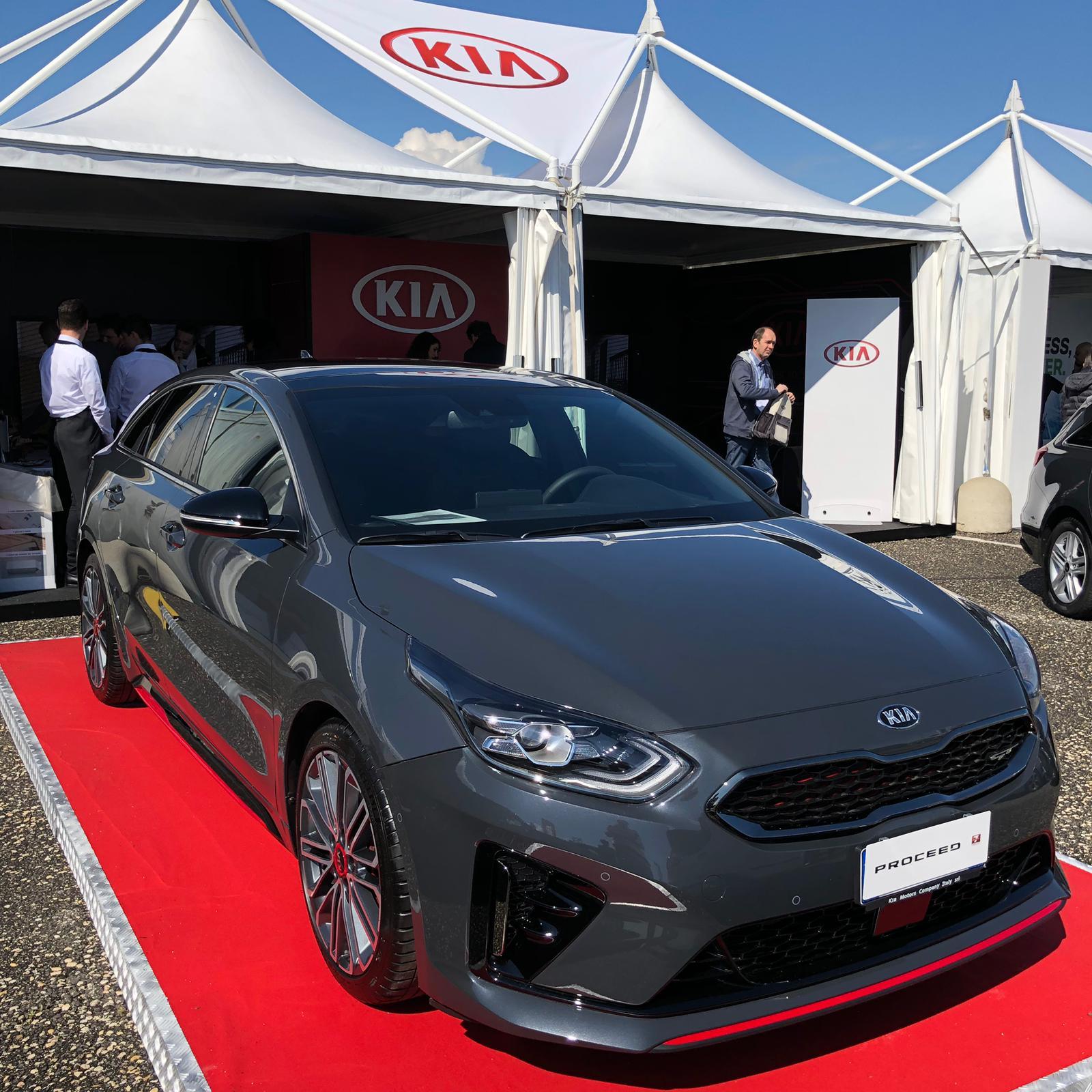 nuova-kia-proceed-anteprima-fleet-motor-day-2019